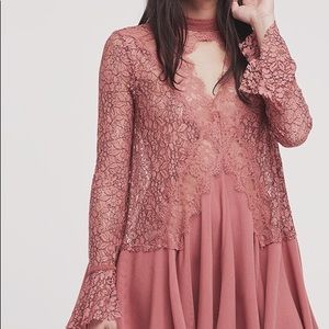 ✨HOST PICK💕 Free People Tell Tale Lace Tunic